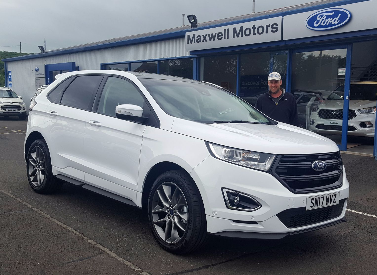 NEW FORD EDGE HEADS FOR DUNS...