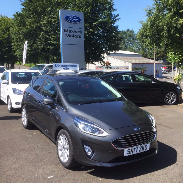 ** New shape ** Ford FIESTA 1.0 100PS Titanium EcoBoost 6 speed Manual