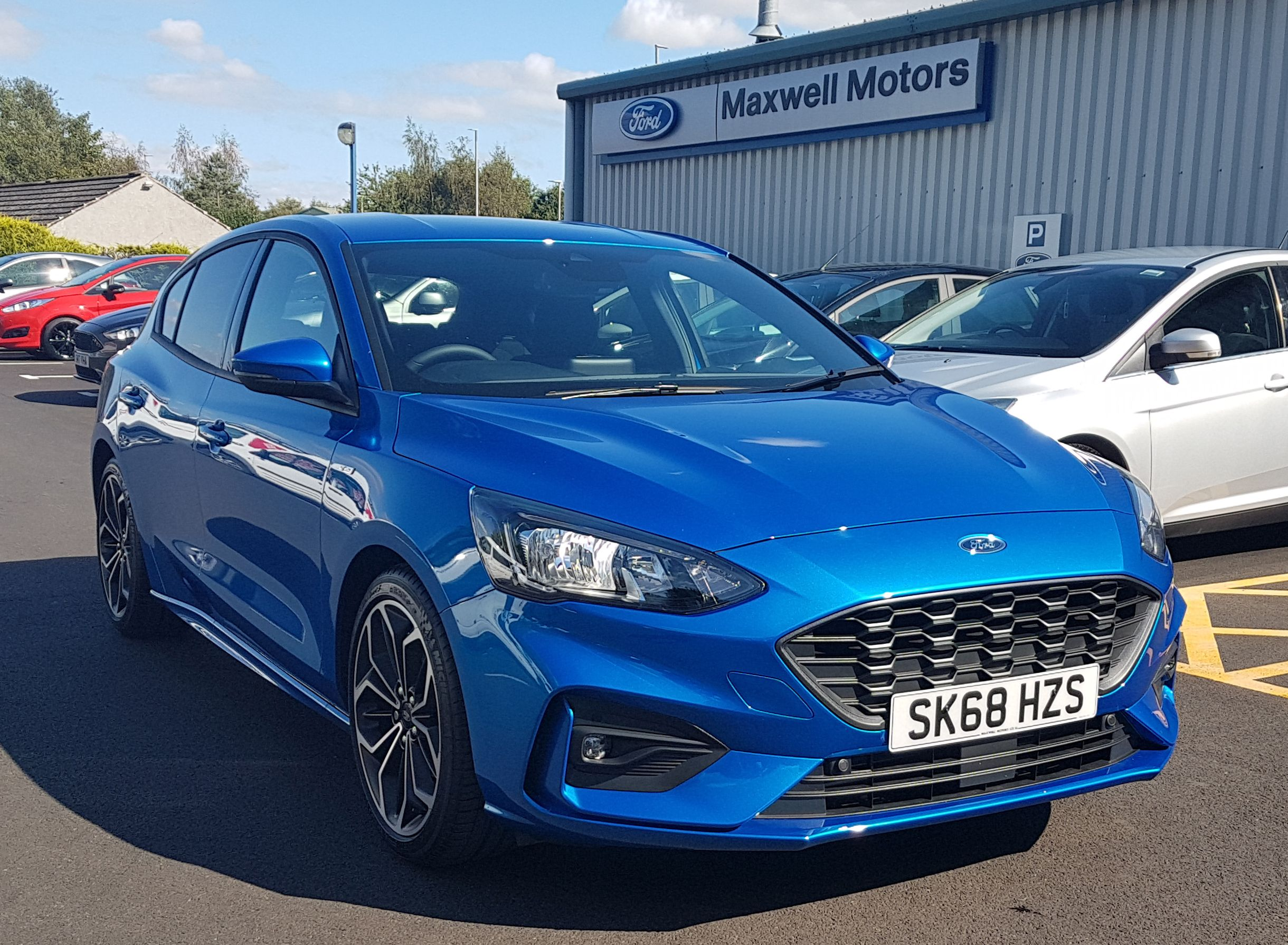 ** NEW SHAPE ** FORD FOCUS ST-LINE X 1.0 125PS 5DR